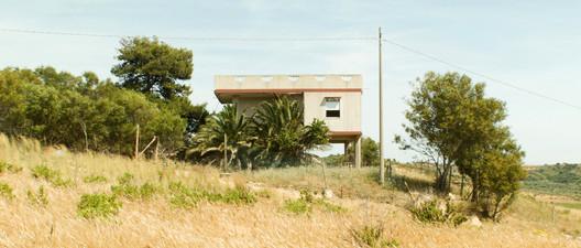 Strada Statale 115, Gela, Caltanissetta, Sicilia. Image © Space Caviar