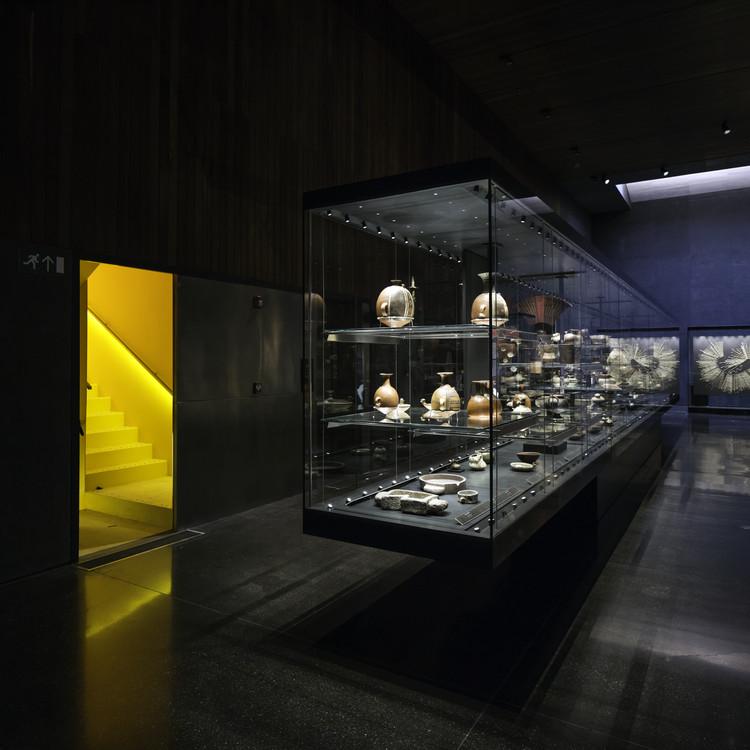 Museo Chileno de Arte Precolombino, Chile / Limarí Lighting Design. Image Cortesia de Lamp Lighting