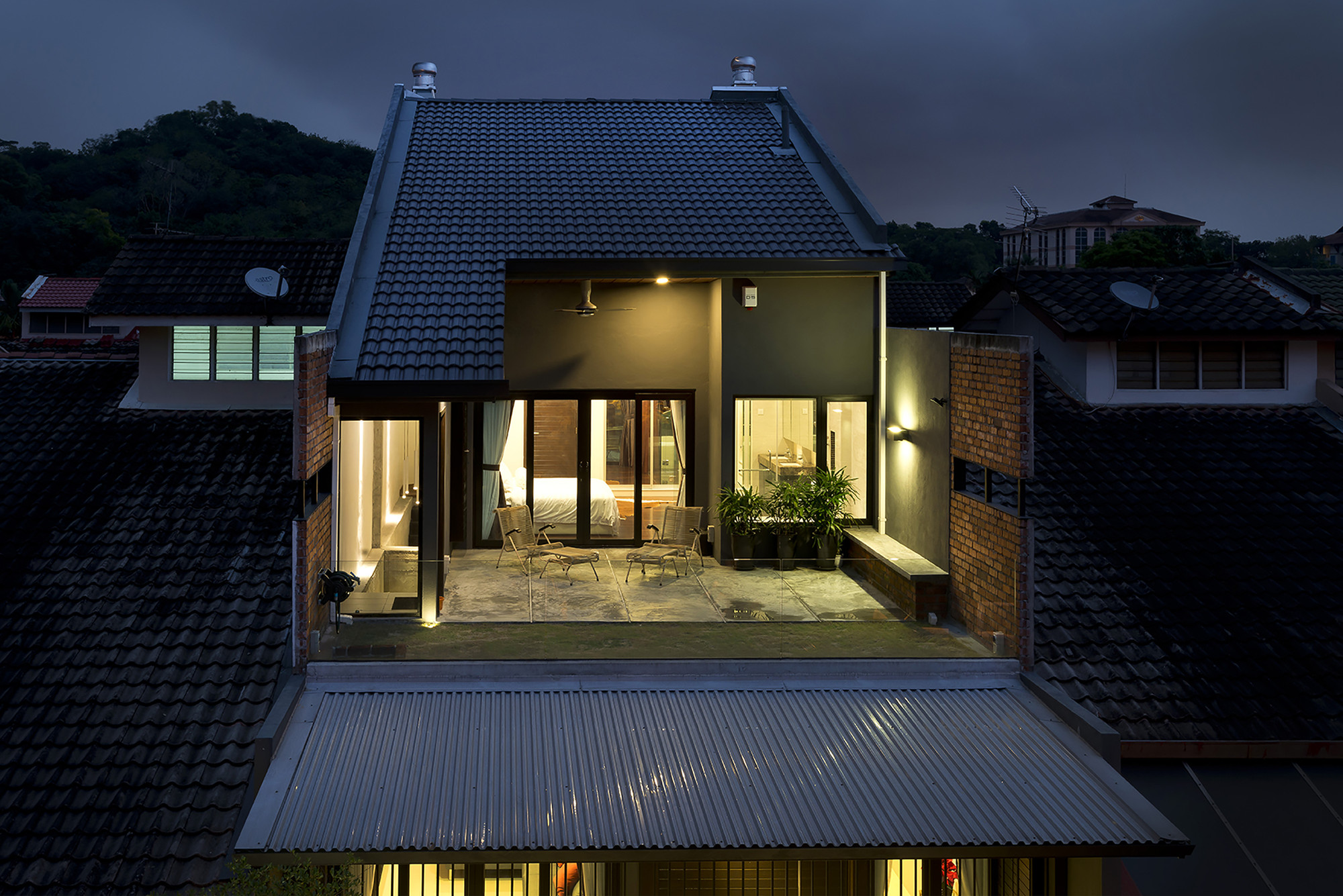 23 terrace drtan lm architect archdaily for House design malaysia architecture