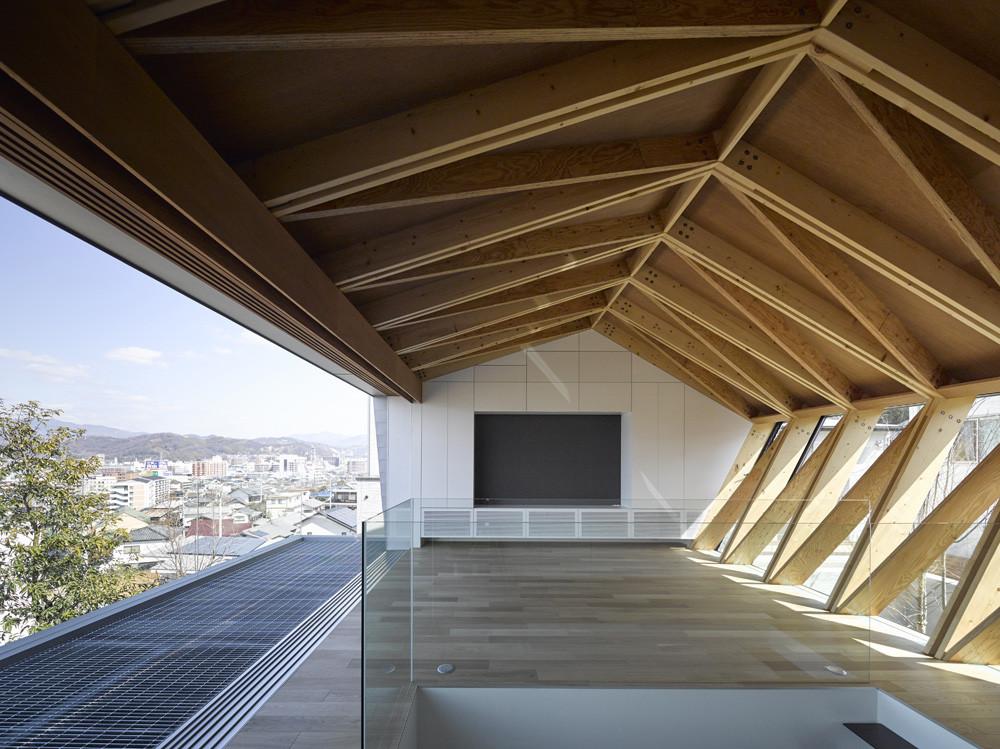 wrap house apollo architects associates archdaily. Black Bedroom Furniture Sets. Home Design Ideas