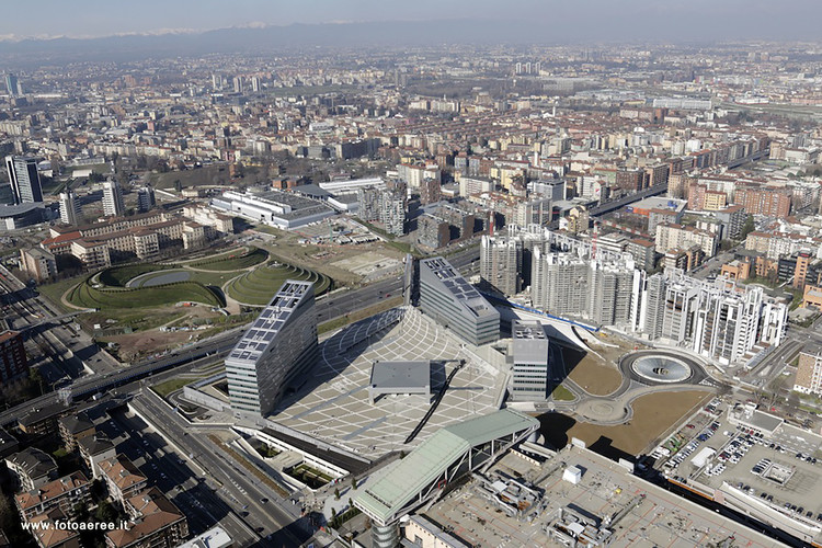 Gino Valle Square / Valle Architetti Associati, Courtesy of Valle Architetti Associati