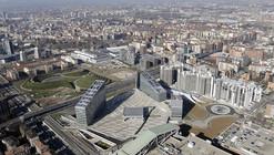 Gino Valle Square / Valle Architetti Associati