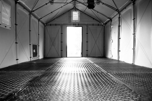 Floor Module in Shelter. Image Courtesy of Emergency Floor