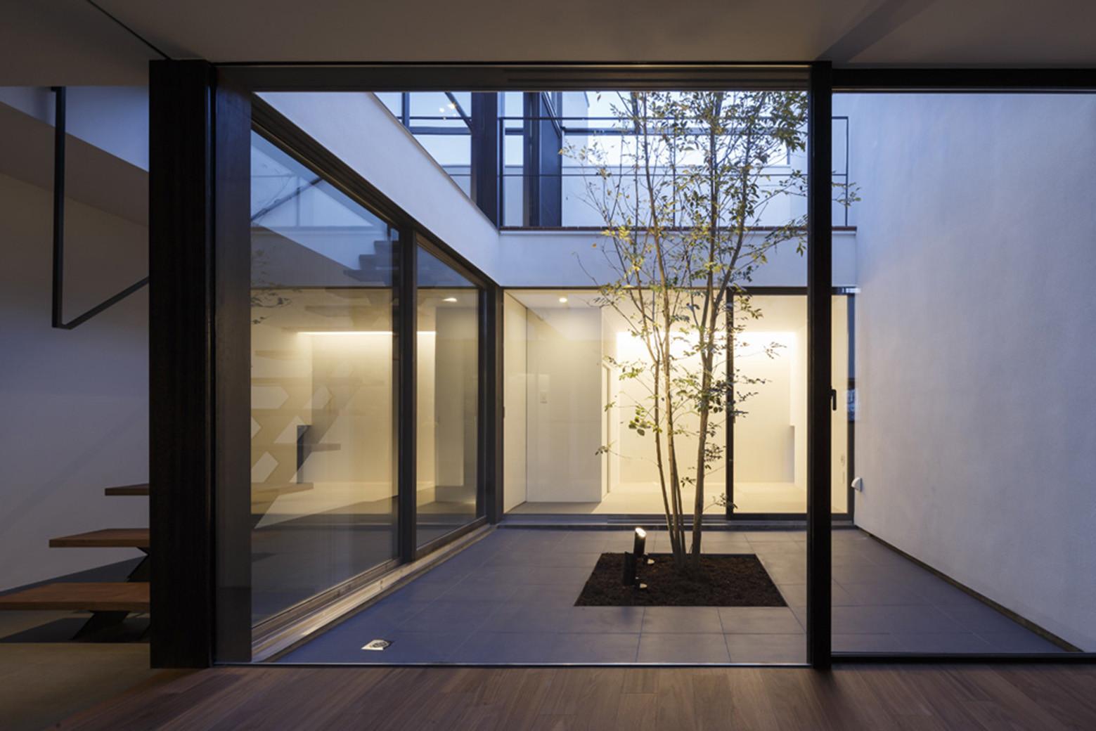 Patio House / APOLLO Architects & Associates
