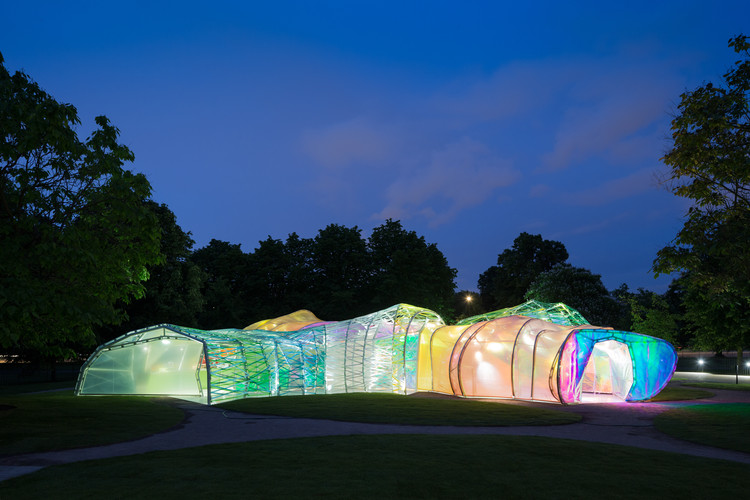 Serpentine Pavilion designed by selgascano 2015. Image © Iwan Baan