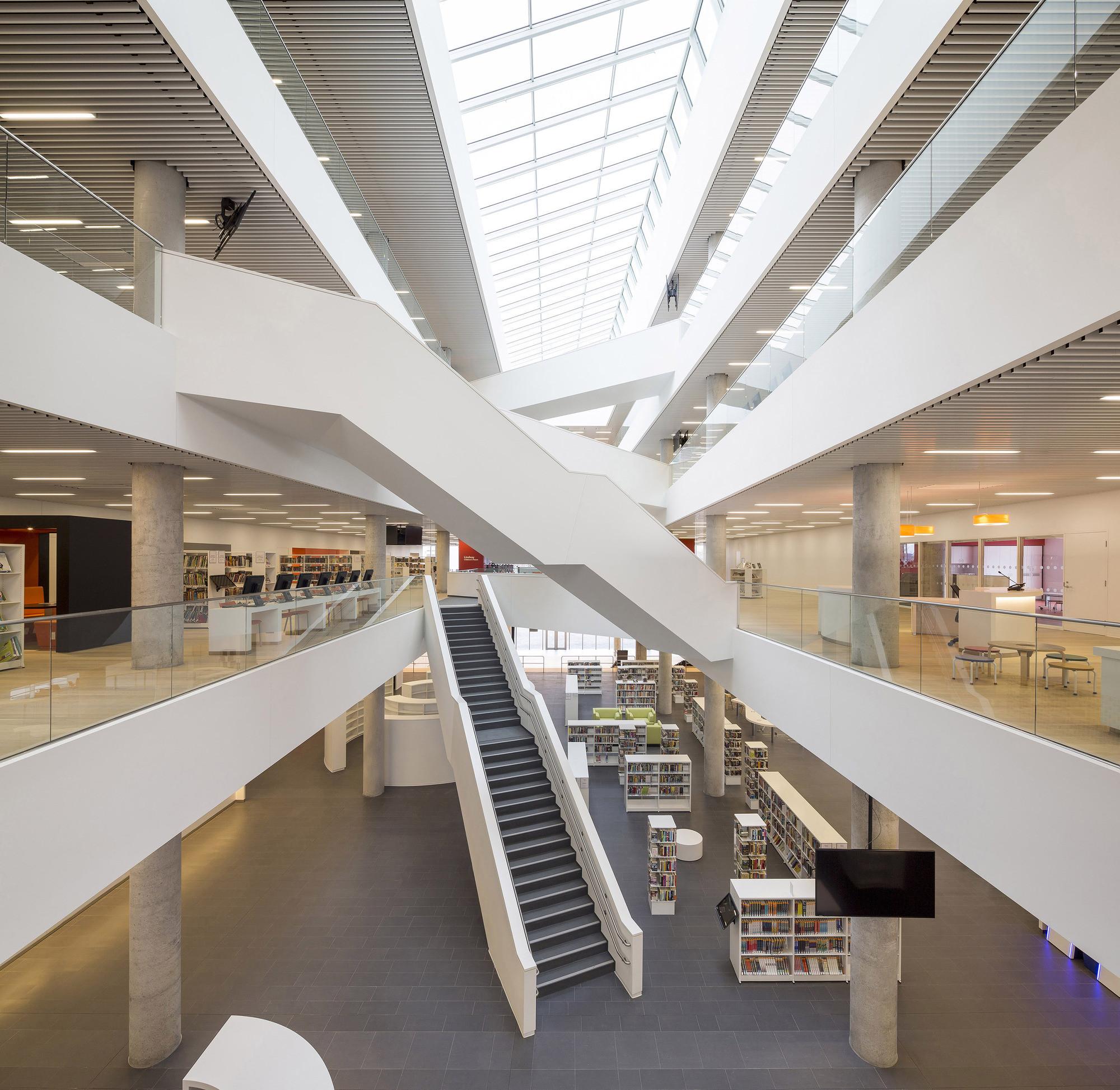 New Halifax Central Library / Schmidt Hammer Lassen + Fowler Bauld & Mitchell. Imagen © Adam Mørk