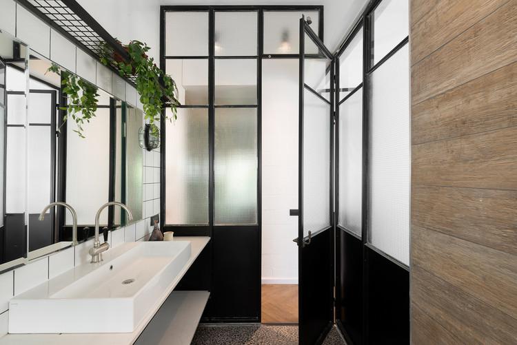 Rediseño Apartamento Bauhaus / Studio Raanan Stern Architect, © Gidon Levin
