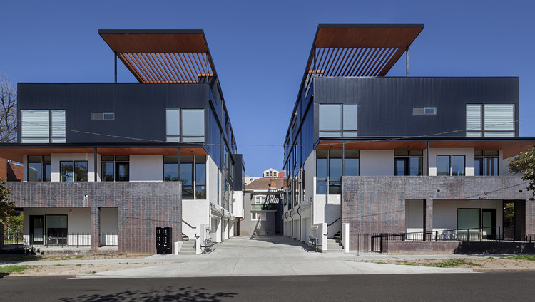 Emerson Rowhouse / Meridian 105 Architecture, © Raul Garcia