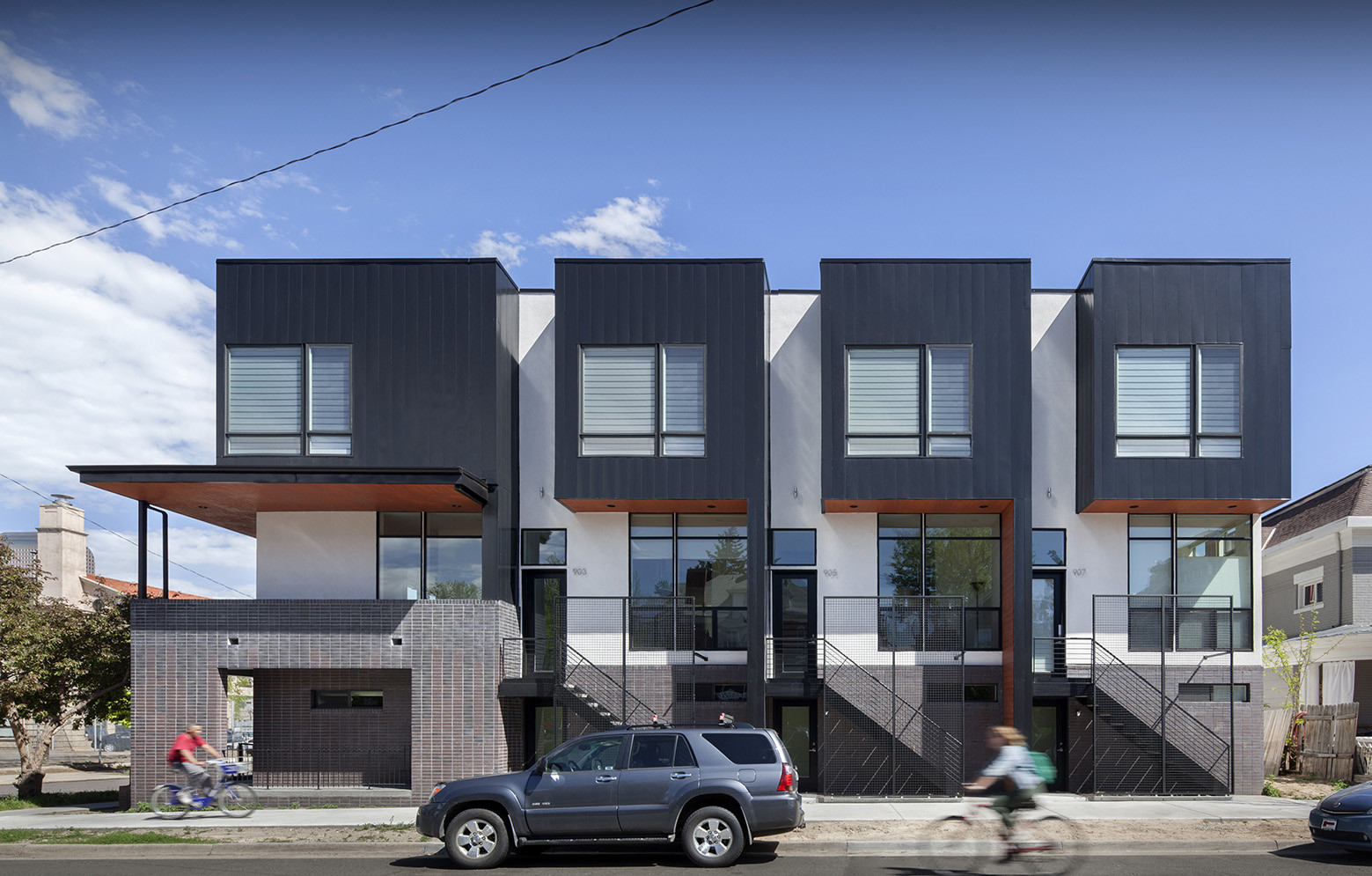 Emerson rowhouse meridian 105 architecture archdaily for In house architect