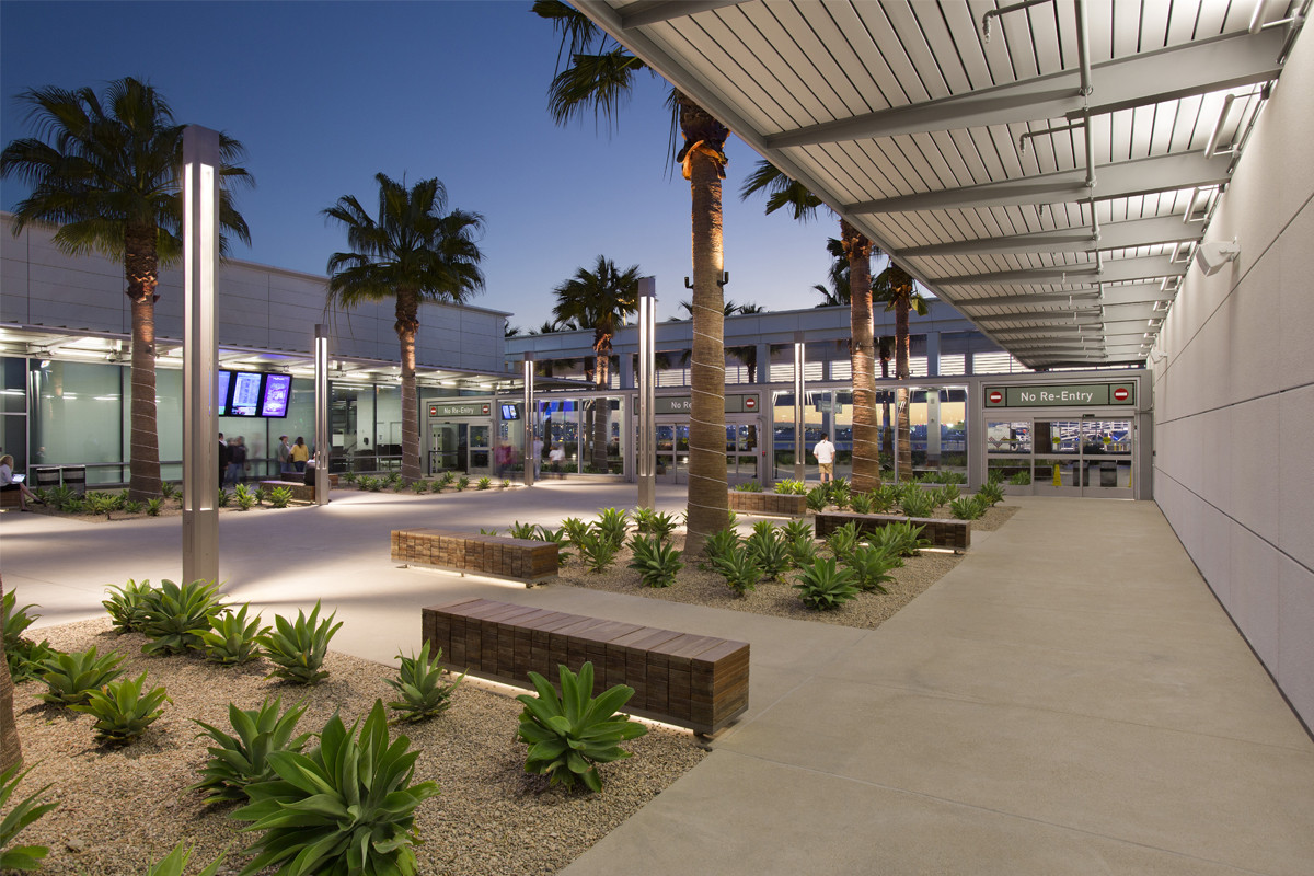 Long Beach Airport Modernization. Image © David Lena