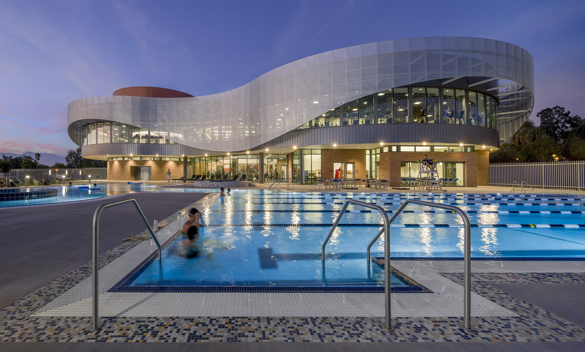UC Riverside Student Recreation Center. Image © Timmerman Photography, Inc.