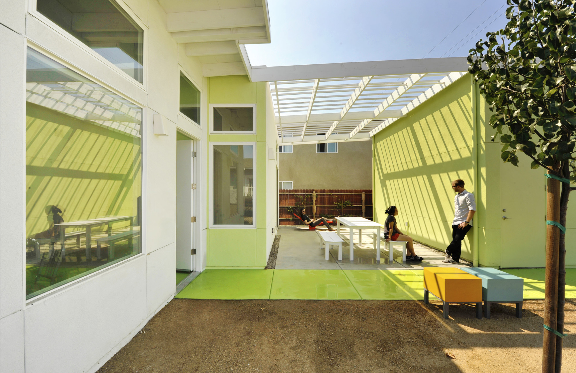 Restore Neighborhoods Los Angeles Affordable Housing Prototypes. Image Courtesy of Lehrer Architects LA