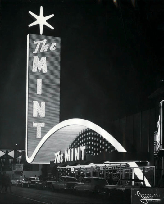 Front exterior of the Mint Hotel, Las Vegas / Nevada, circa 1957. Image © University of Nevada, Las Vegas University Libraries. Young Electric Sign Company (YESCO) Collection.