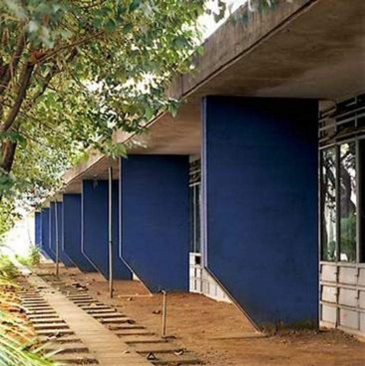 Via Arquitetura Brutalista (CC BY-NC 3.0)