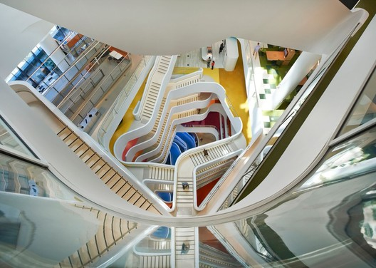 Medibank Workplace; Melbourne / HASSELL. Image Courtesy of INSIDE