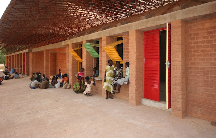 Exhibition: AFRICA at Louisiana Museum of Modern Art, Kéré Architecture (Burkina Faso): Gando Secondary School, 2013 Foto: Erik-Jan Ouwerkerk