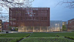 East Regional Chilled Water Plant / Leers Weinzapfel Associates