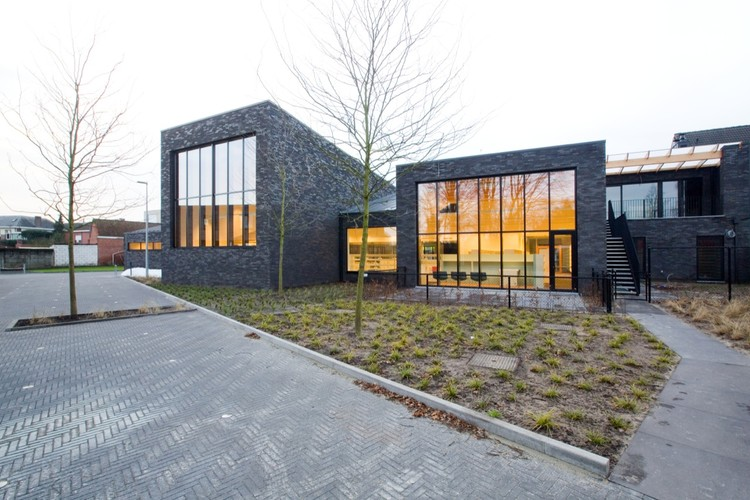 New Public Library Zoersel / OMGEVING Architecture, © Yannick Milpas