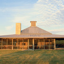 Lasater Ranch, Hebbronville, TX, 1986 by Lake | Flato Architects (EV 1992). Image © Lake | Flato Architects