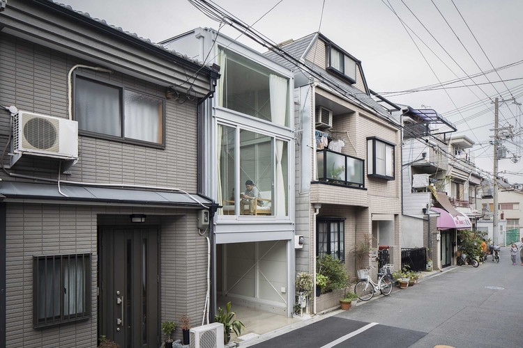 White One Level Homes moreover White One Level Homes likewise Narrow House Japan Yyaa additionally 3 Bedroom Bath Homes as well Home Design For Small Spaces. on narrow house japan yyaa