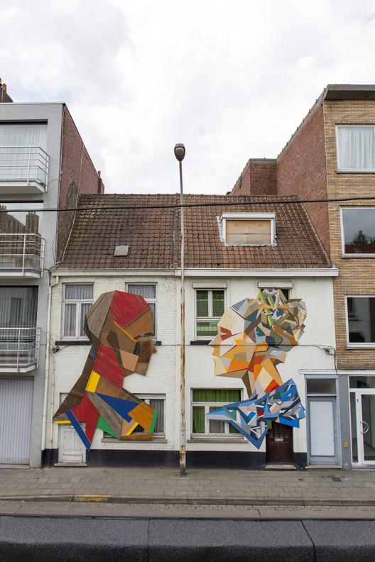 Strook crea coloridos murales callejeros con madera reciclada, Wood & Paint. Imagen © www.strook.eu