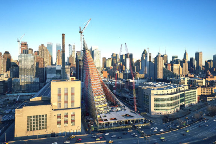 VIA 57 West: Challenging Form and Urban Development in Manhattan, Image © Matthew Carbone
