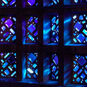 Cobalt Dalle-de-Verre Panels. Image © Jeff Goldberg / Esto