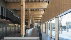 """Escola """"The Proudhon"""" em Besançon / Tectoniques + Architectures Adelfo Scaranello"""