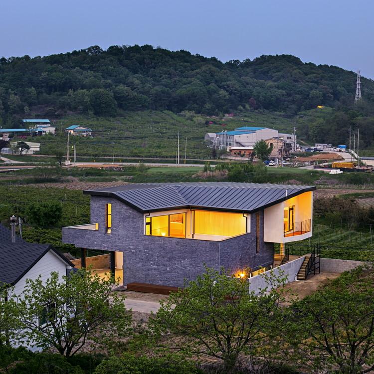 Pyrus House / 'Snow AIDe, © Jungmin Seok