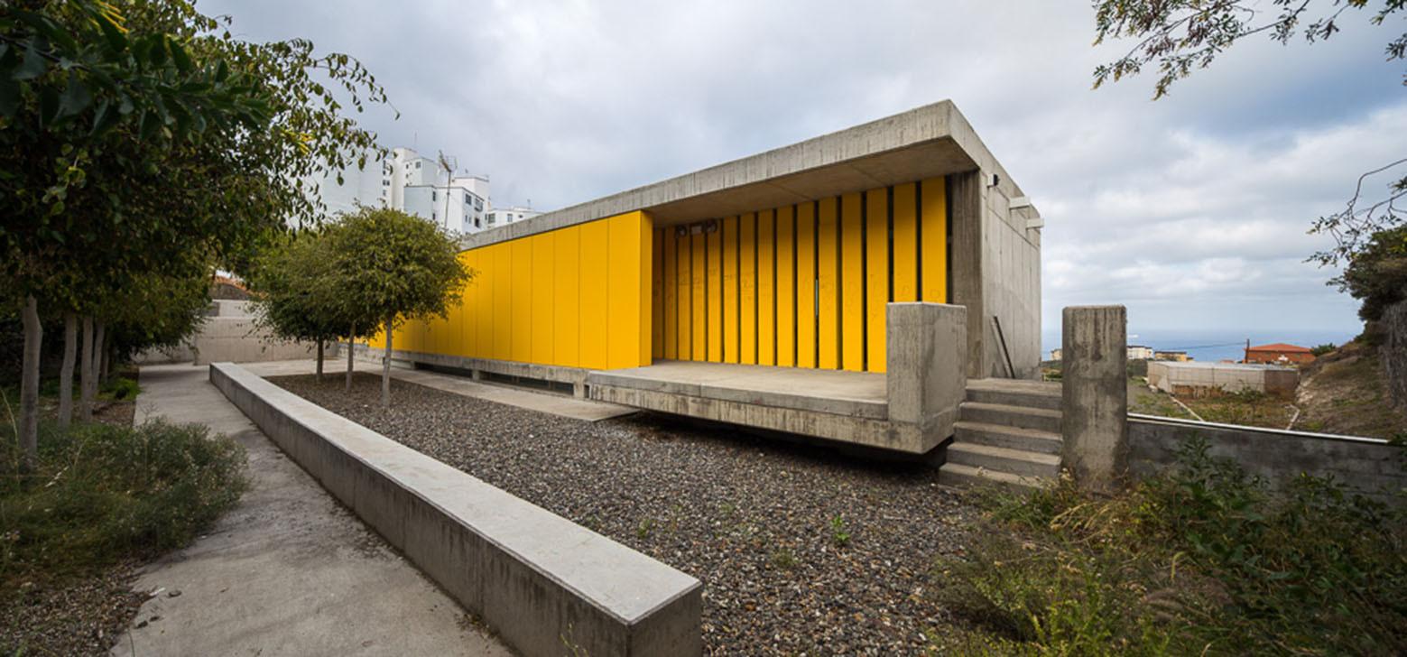 Gallery of el lasso community center romera y ruiz - Garcia ruiz arquitectos ...