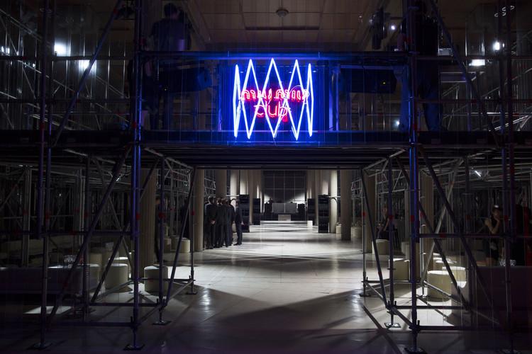 AMO diseña The Miu Miu Club, evento para una noche, ©  Agostino Osio, cortesía de OMA