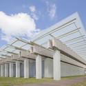 Renzo Piano's pavilion at Louis Kahn's Kimbell Art Museum. Image © Robert Laprelle