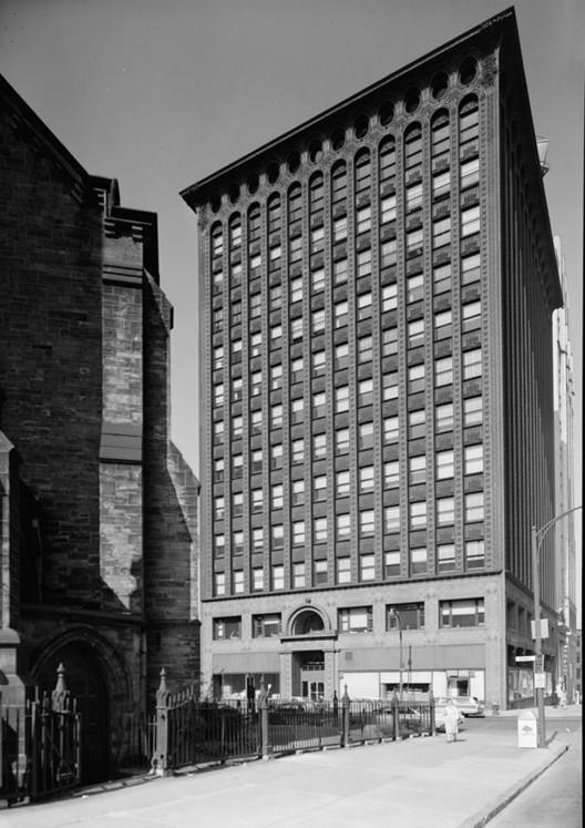 El Edificio de Garantía en Buffalo, Nueva York por Louis Sullivan. Imagen cortesía de Jack E. Boucher