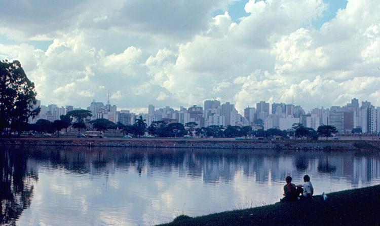 São Paulo. Imagen © Flickr CC user Roger W