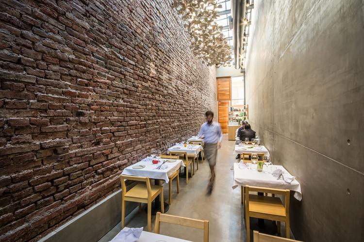 El Papagayo Restaurant / Ernesto Bedmar, © Gonzalo Viramonte