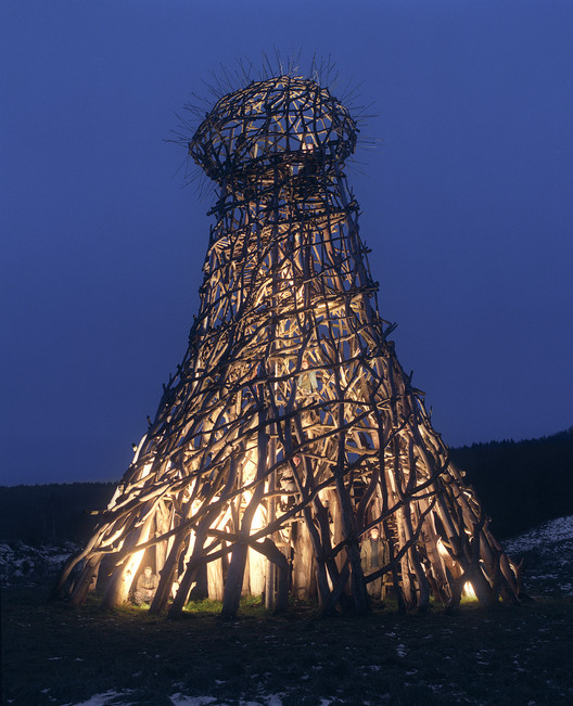 Lighthouse (2004). Image Courtesy of Nikolay Polissky