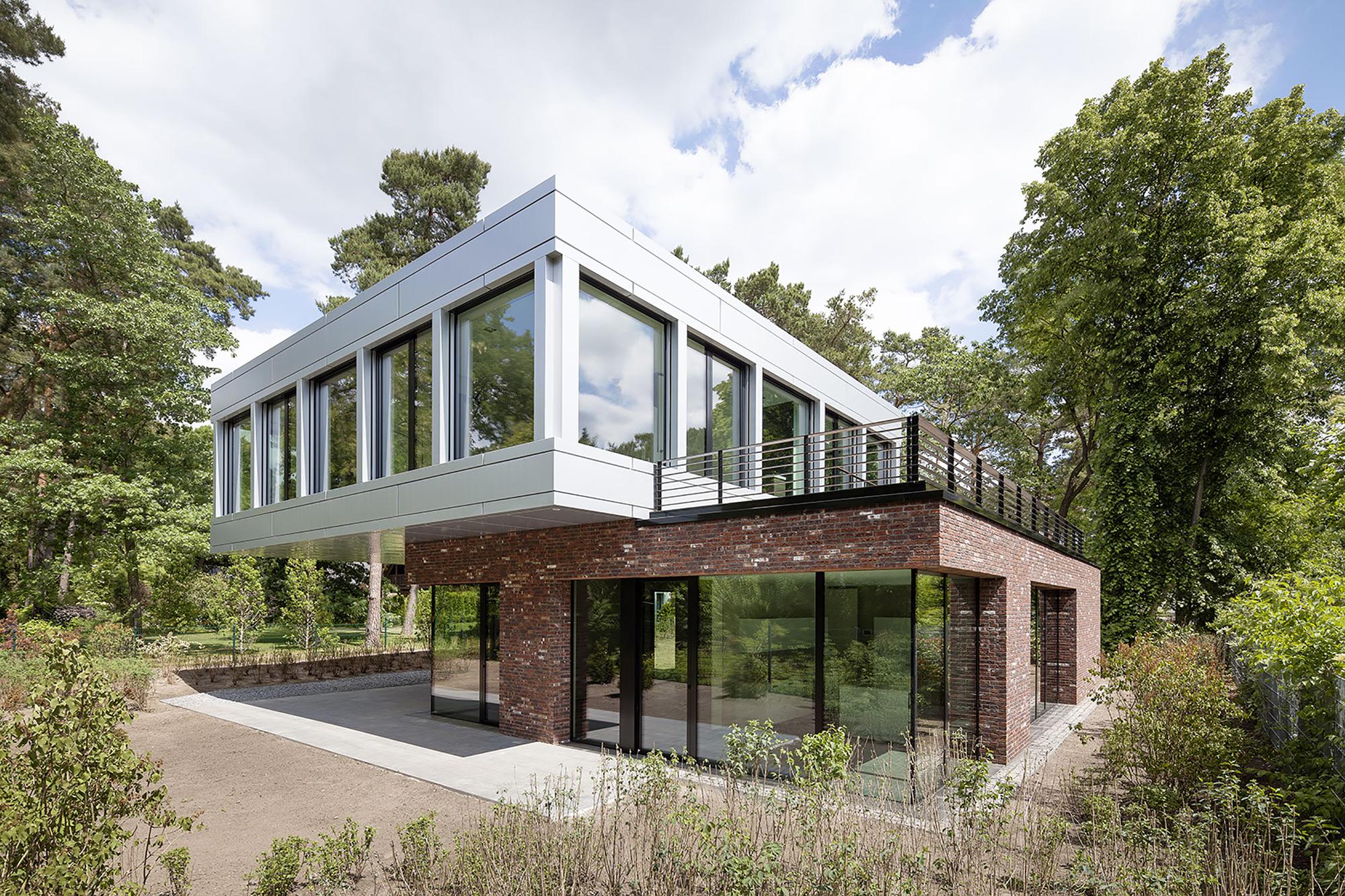 gallery of villa in potsdam tchoban voss architekten 9. Black Bedroom Furniture Sets. Home Design Ideas