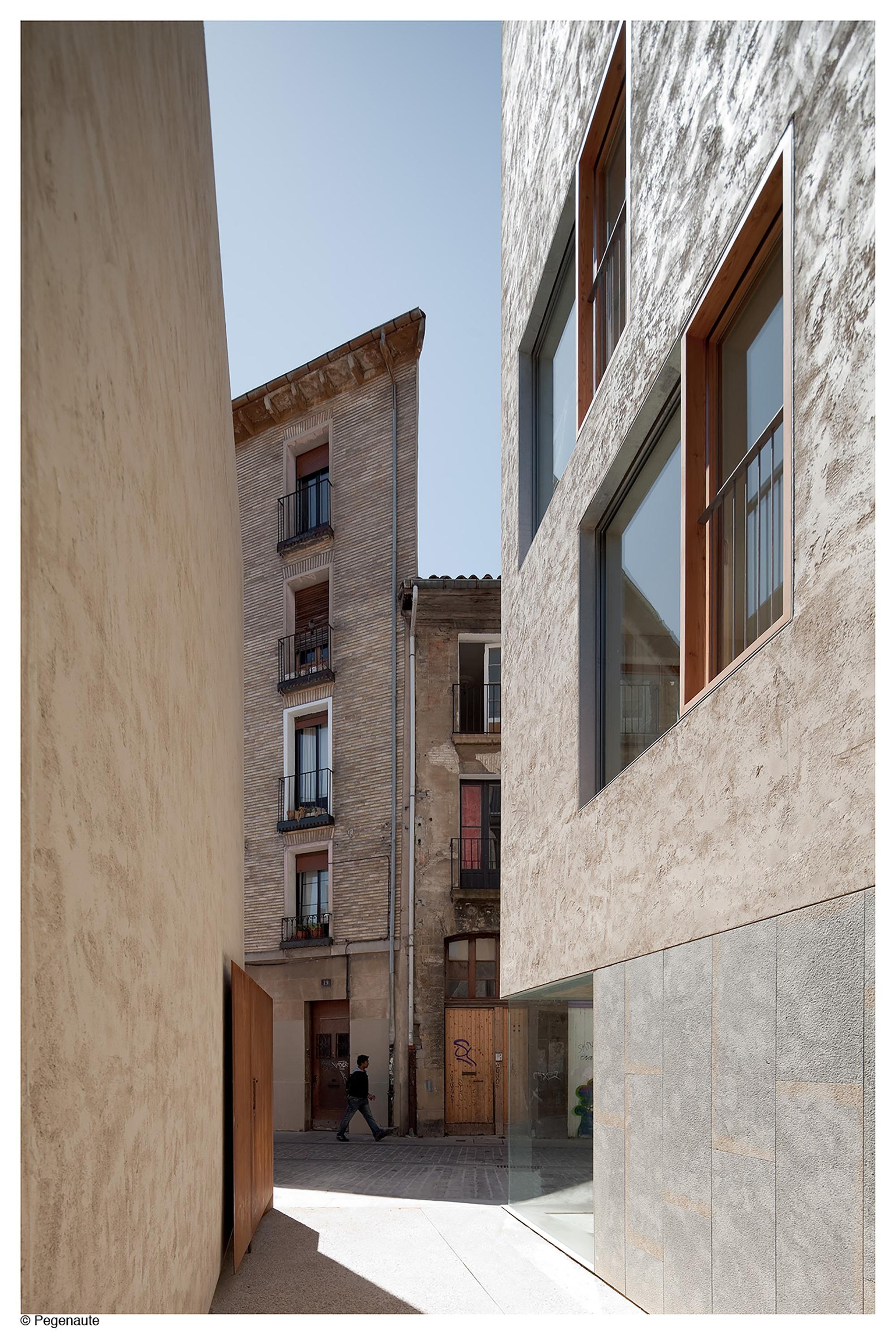 Galer a de edificio de viviendas para realojos en el casco - Arquitectos en pamplona ...