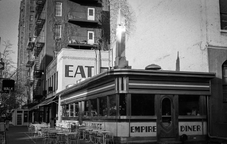 Empire Diner, at 210 10th Avenue. Image © G.Alessandrini