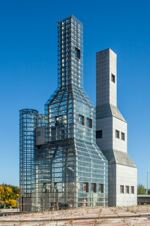 John Hejduk Towers in Galicia, built by Eisenman to Hedjuk's plans from 1992. Image © <a href='http://ift.tt/2uBoTci user Luis Miguel Bugallo Sánchez (Lmbuga)</a> licensed under <a href='http://ift.tt/2aA6y58 BY-SA 3.0</a>