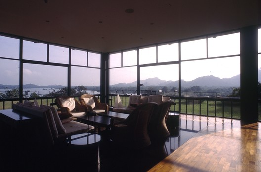 The Kandalama Hotel lounge. Image © David Robson