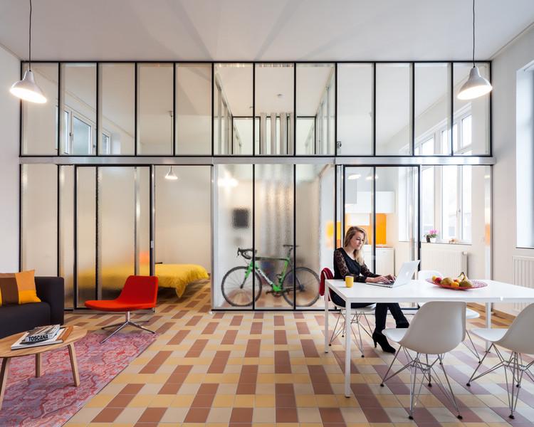Social Housing Refurbishment in Izegem / Architect Lieven Dejaeghere, © Tim Van de Velde