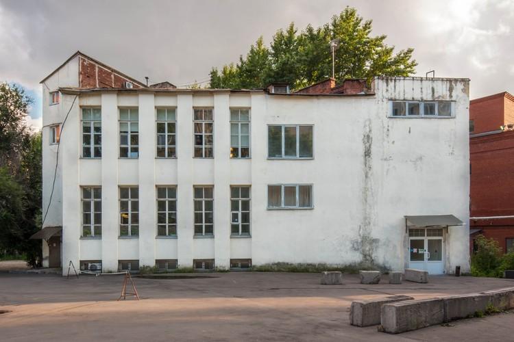 Oficina del Nuevo Mercado Sukharev (1925) / Konstantin Melnikov . Imagen © Denis Esakov
