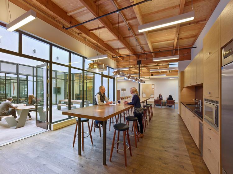 Transformación Edificio de Oficinas / Studio VARA, © Bruce Damonte