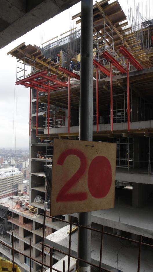 Vista desde piso 20 de la Torre Sur.. Image © Nicolás Valencia
