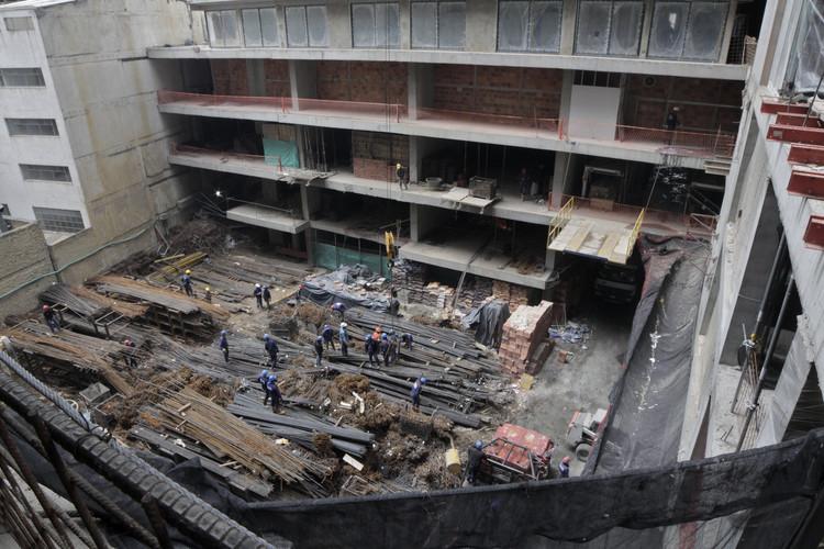 Futura terraza del centro comercial. Image © Nicolás Valencia