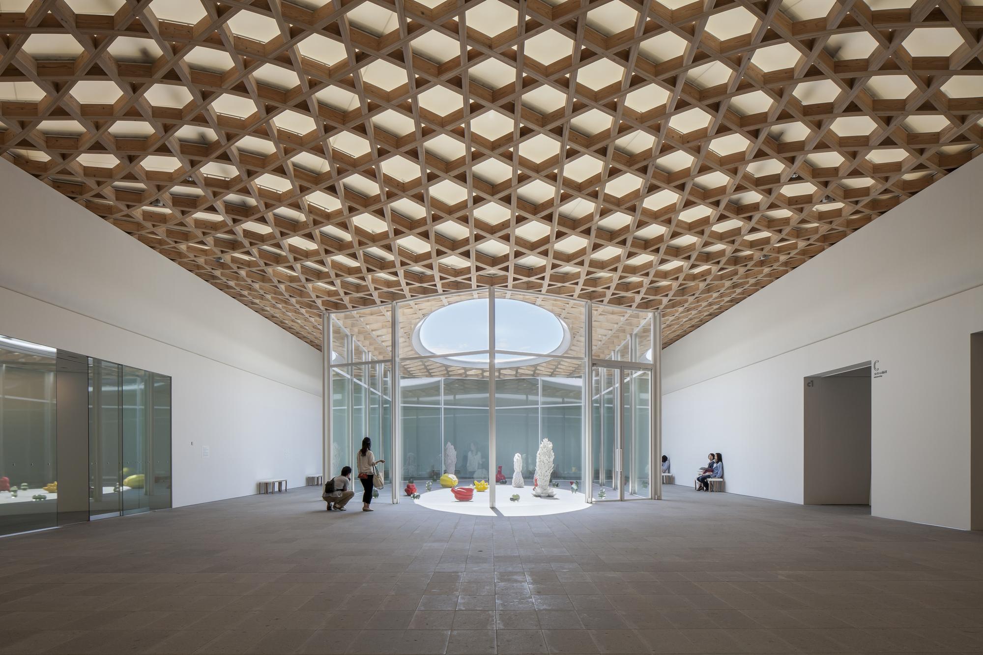 oita prefectural art museum shigeru ban architects archdaily. Black Bedroom Furniture Sets. Home Design Ideas