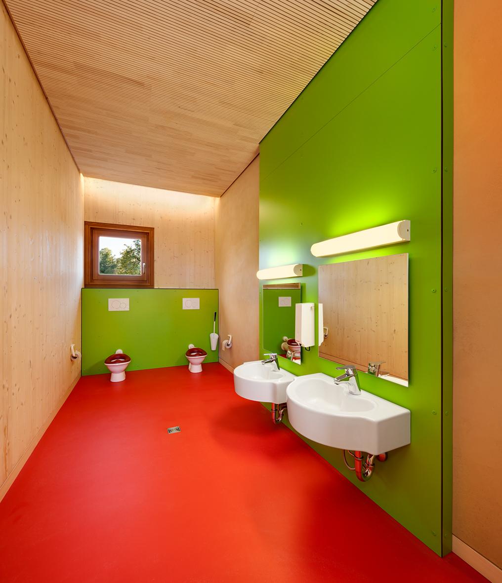 Gallery of kinderkrippe pollenfeld k hnlein architektur 2 for Bathroom design courses