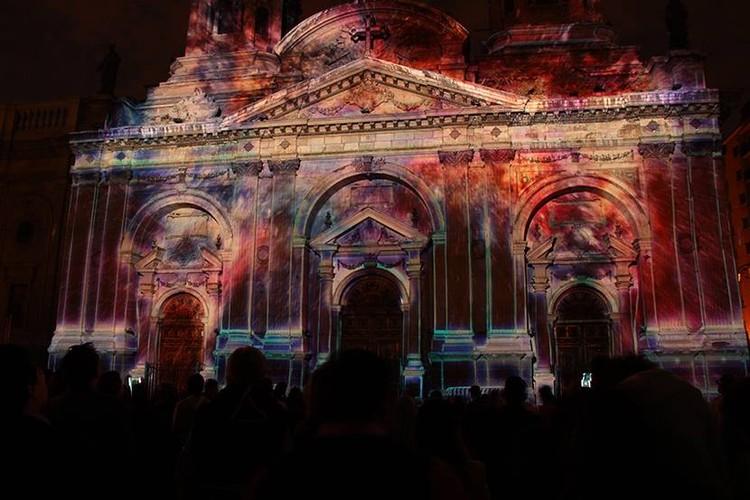 """Video Mapping: 5 intervenciones de luz, video y espacio por Delight Lab, Mapping """"Luz de Luz"""" Catedral de Santiago. Image Cortesía de Delight Lab"""