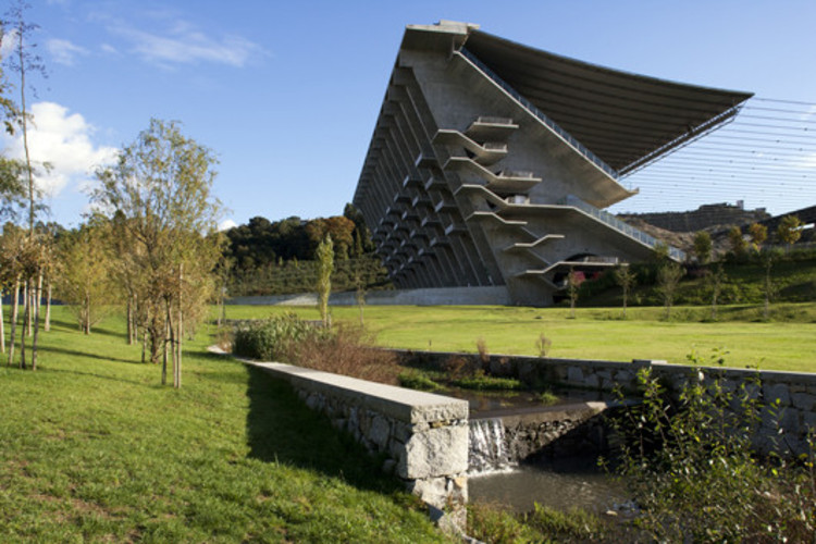 Braga Municipal Stadium. Image © Leonardo Finotti
